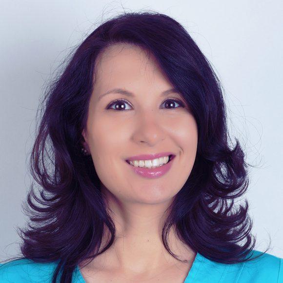 Dr. Laura Săvoiu