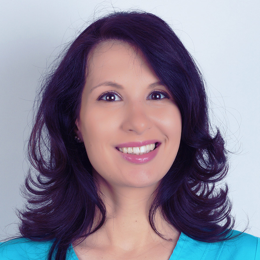 Laura Săvoiu, MD